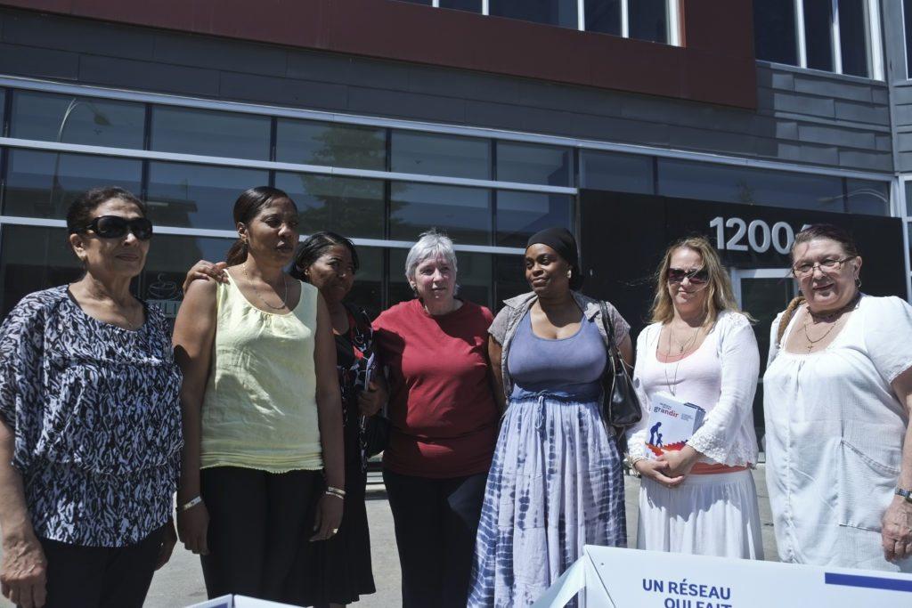 Certaines des travailleuses qui seront affectées par la décision de la fermeture de l'installation Minime, Houria Nedjar, Maggy Eugene, Melidane Joseph, Dorothy Lebel, Marie-Fénale Delance, Cathy L'Heureux et Elisabeta Kasco.