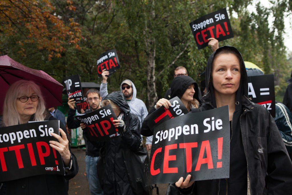 Une manifestation en Allemagne contre l'AECG et le PTCI. <br>Photo : Jakob Huber/Campact | Creative Commons BY NC 2.0