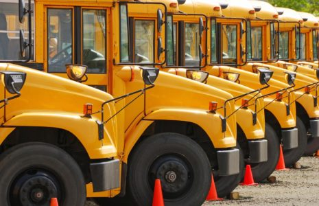 Les chauffeuses et chauffeurs «confinent» leurs autobus!