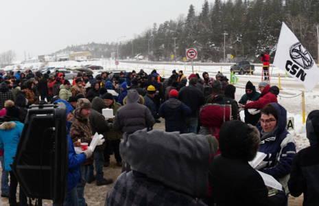 Manifestation chez Bombardier La Pocatière