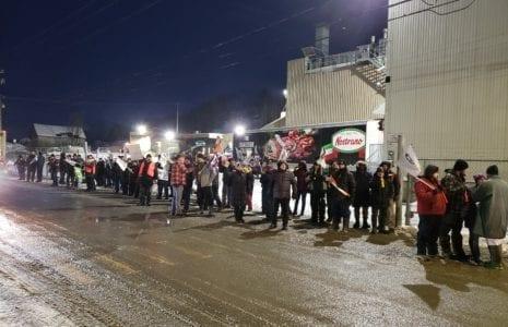 Visite surprise des grévistes à Vallée-Jonction