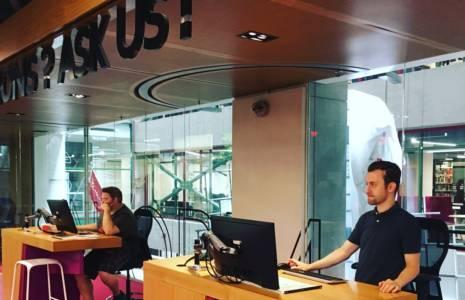 Les employé-es des bibliothèques de l'Université Concordia votent en faveur d'un mandat de grève