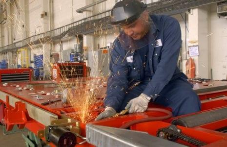 Le ministre Boulet ne doit pas céder aux demandes d'assouplissement de la sécurité au travail