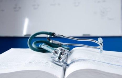 Formation en soins infirmiers au Québec : des faits à rétablir