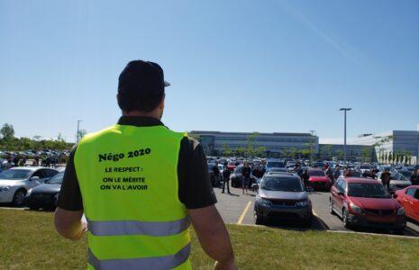 Vote de grève à 99 % à l'entrepôt de Jean-Coutu à Varennes