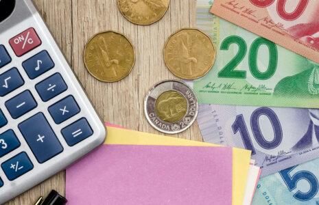 Équité salariale : la CSN déplore la multiplication des recours juridiques du gouvernement