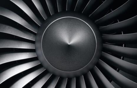 Les 530 travailleuses et travailleurs de Rolls Royce Canada adhèrent à la CSN