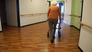 Manque de personnel dans les résidences privées pour aîné-es