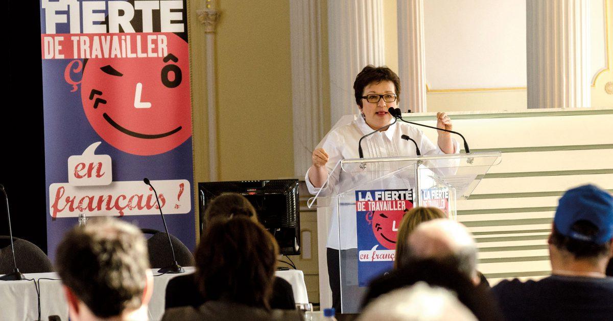 Une des invitées, Josée Boileau, éditorialiste retraitée du journal Le Devoir, déplore ce qu'elle perçoit comme un désintéressement du gouvernement Couillard à l'égard de la défense du français. | Photo : Raynald Leblanc