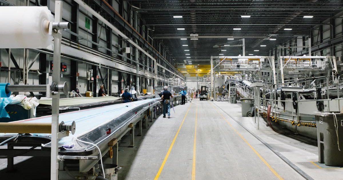 L'intérieur d'une usine d'éolienne
