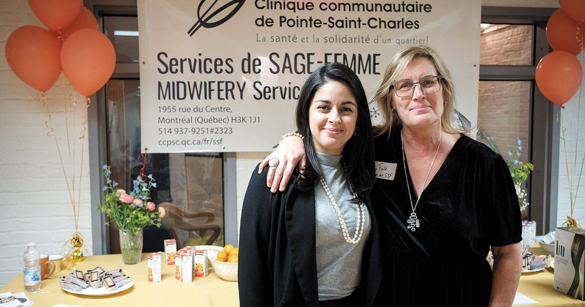 Mounia Amine, présidente du Regroupement Les Sages-femmes du Québec, et Claudia Faille, responsable des services de sage-femme à la Clinique communautaire de Pointe-Saint-Charles