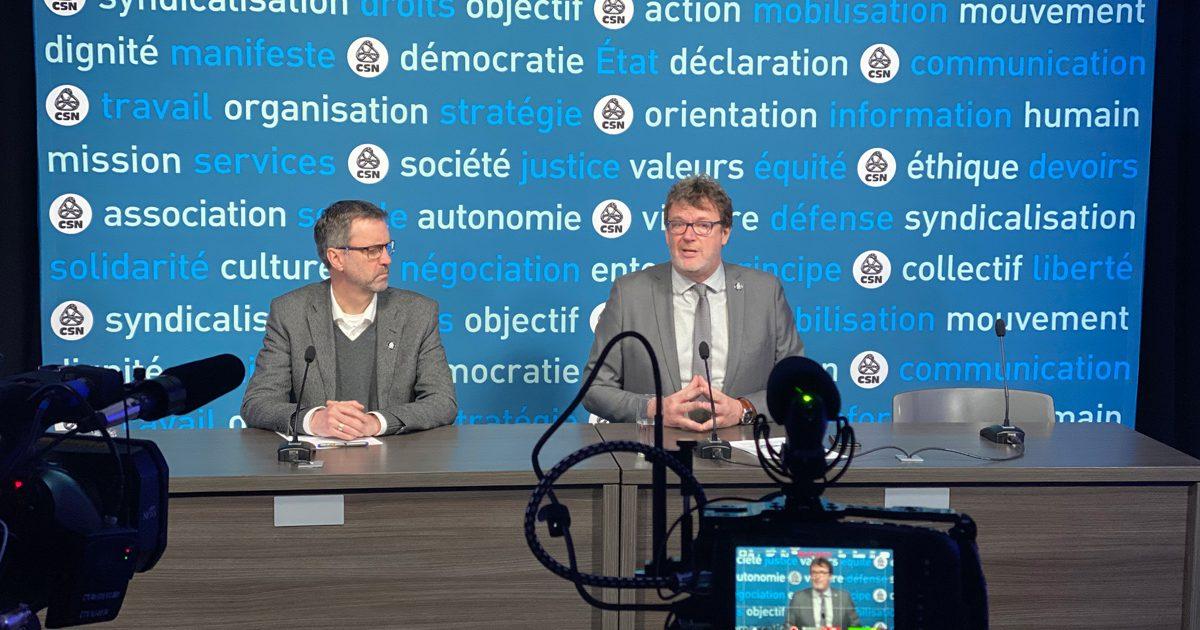 Jacques Létourneau et Jean Lortie font une présentation devant une caméra.
