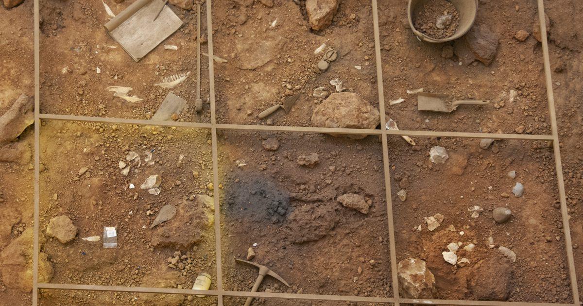 2020-03_archeologue-une_CSN