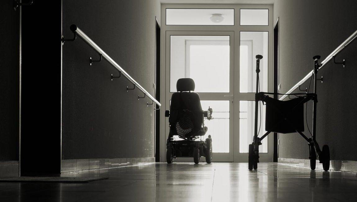2020-11-26_fauteuil_geriatrique_CSN