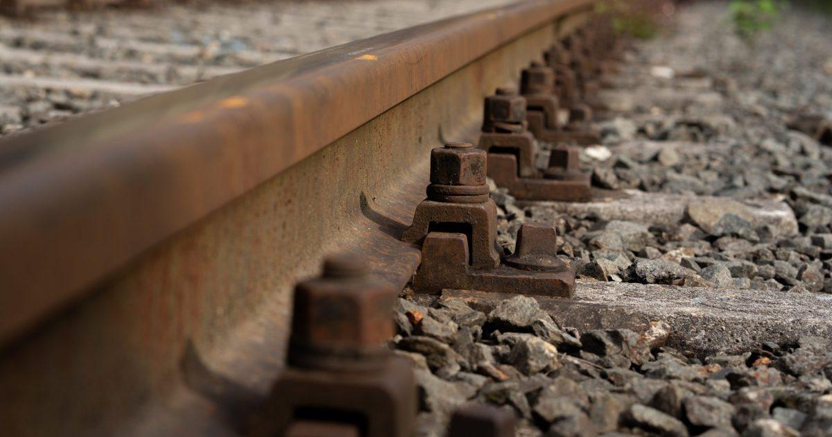 Eisenban Schienen Rostig aus Stahl