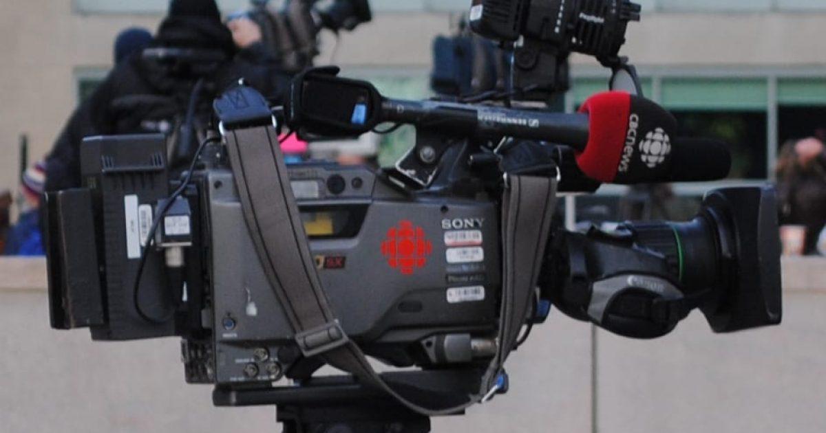 Camera_TV_-_Radio-Canada_-_CBC_News