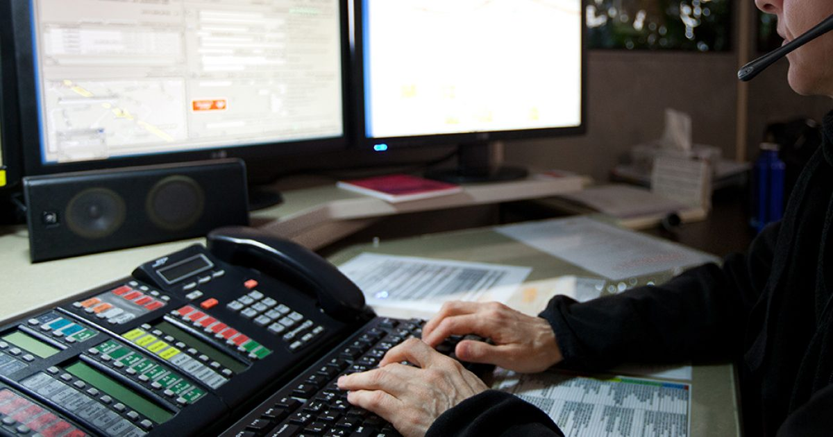Campagne de sensibilisation à Radio-Canada. Montréal le 07 février 2012.  Photo CSN/Normand Blouin