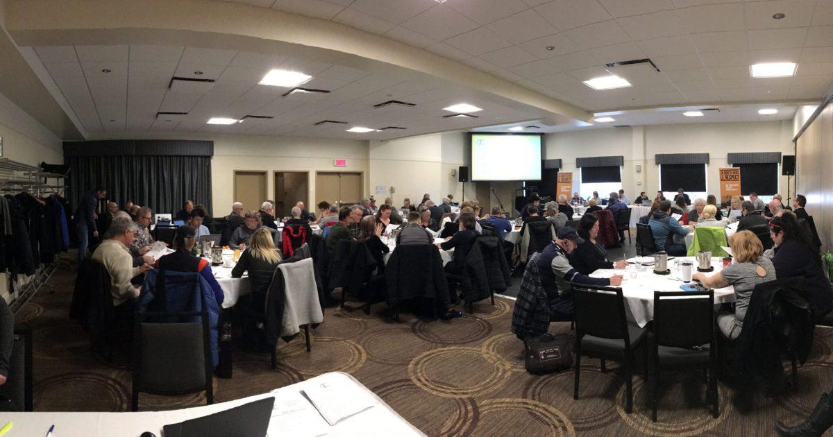 Les délégué-es du STS en réunion ce matin à Drummondville.