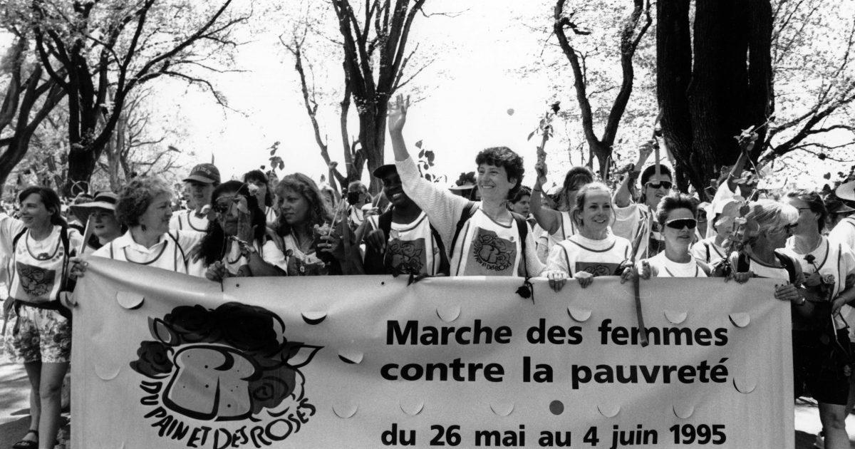 MarcheFemmesPauvrete_Arrivee_19950604_954711022