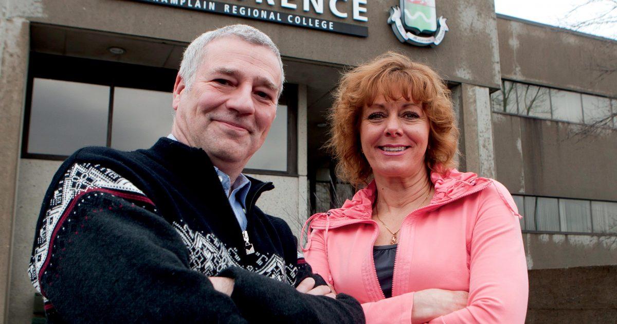 Richard Garneau, employé de soutien et Lisa Birch, professeure, College St.Lawrence à Québec   Photo : Clément Allard